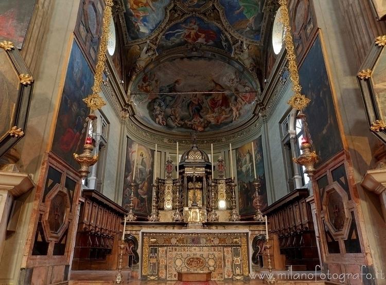( ): Altar presbitery Church Sa - milanofotografo | ello