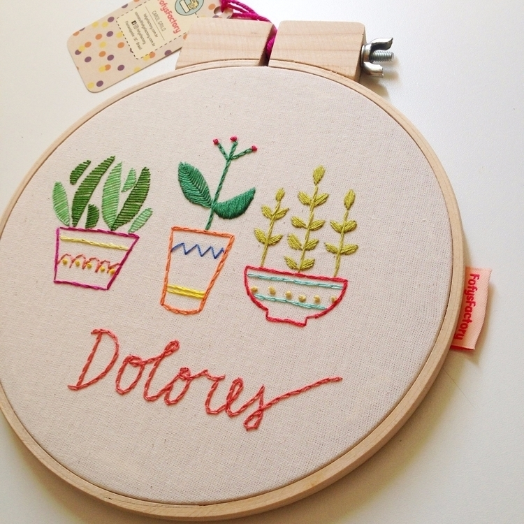 Plants. Embroidery Carol Grilo - fofysfactory | ello