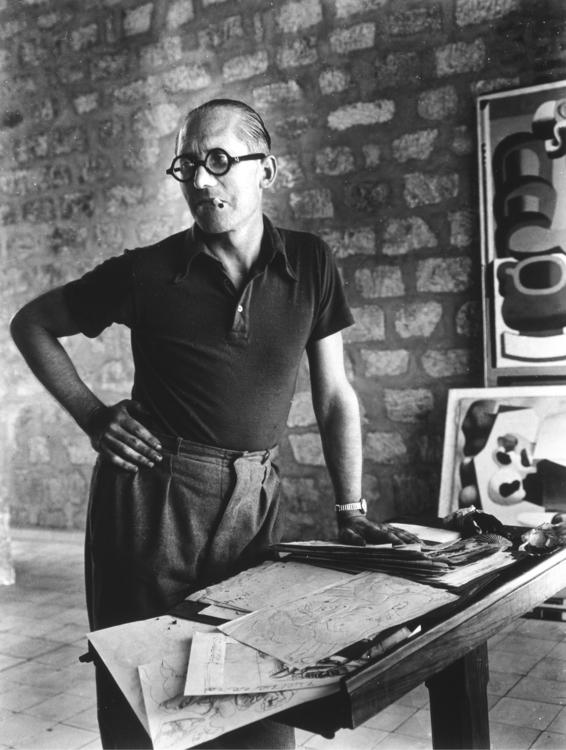 Le (1887-1965) - Photo Rogi And - bauhaus-movement | ello