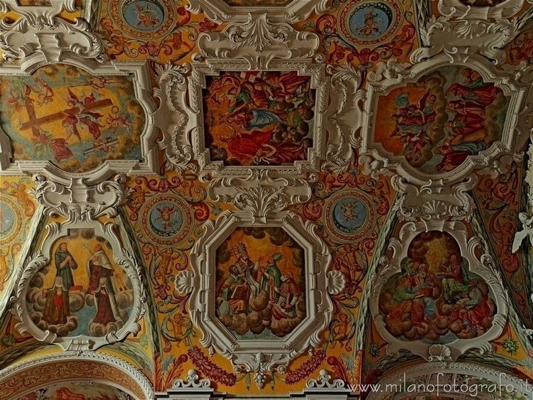 ( , ): Frescos ceiling Church S - milanofotografo   ello