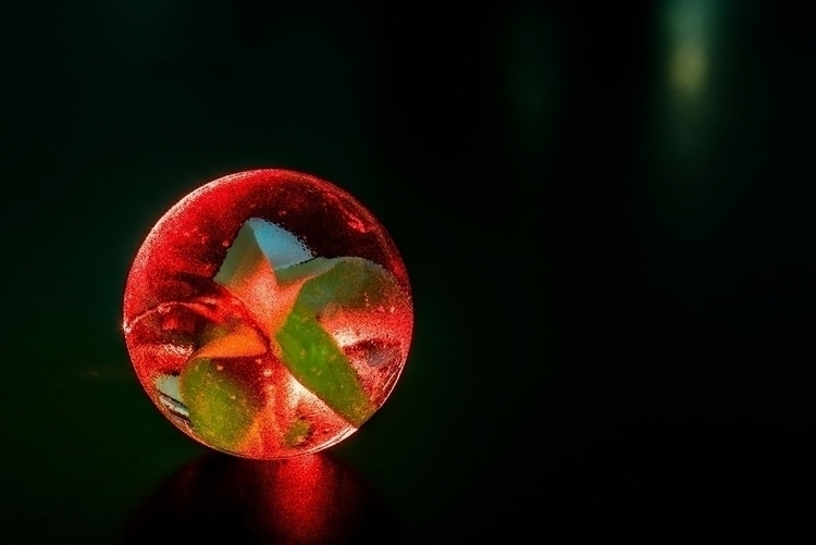 Orb - macro, lasers, marbles, photography - doc | ello