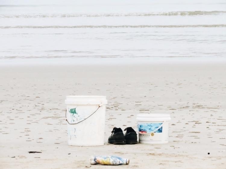 Morning beach - nayu | ello