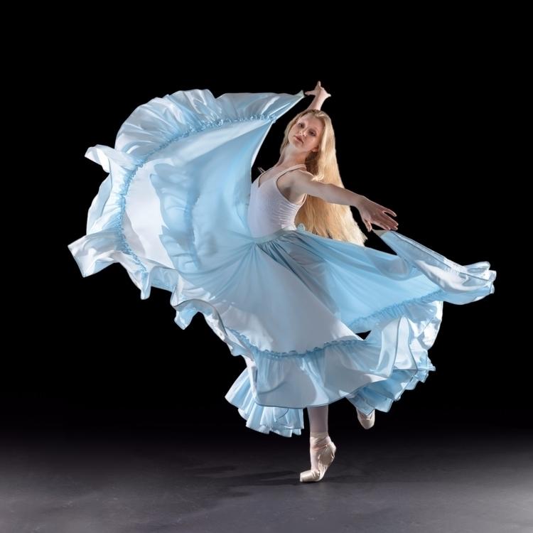ballerina, portrait - adamlowecreative | ello