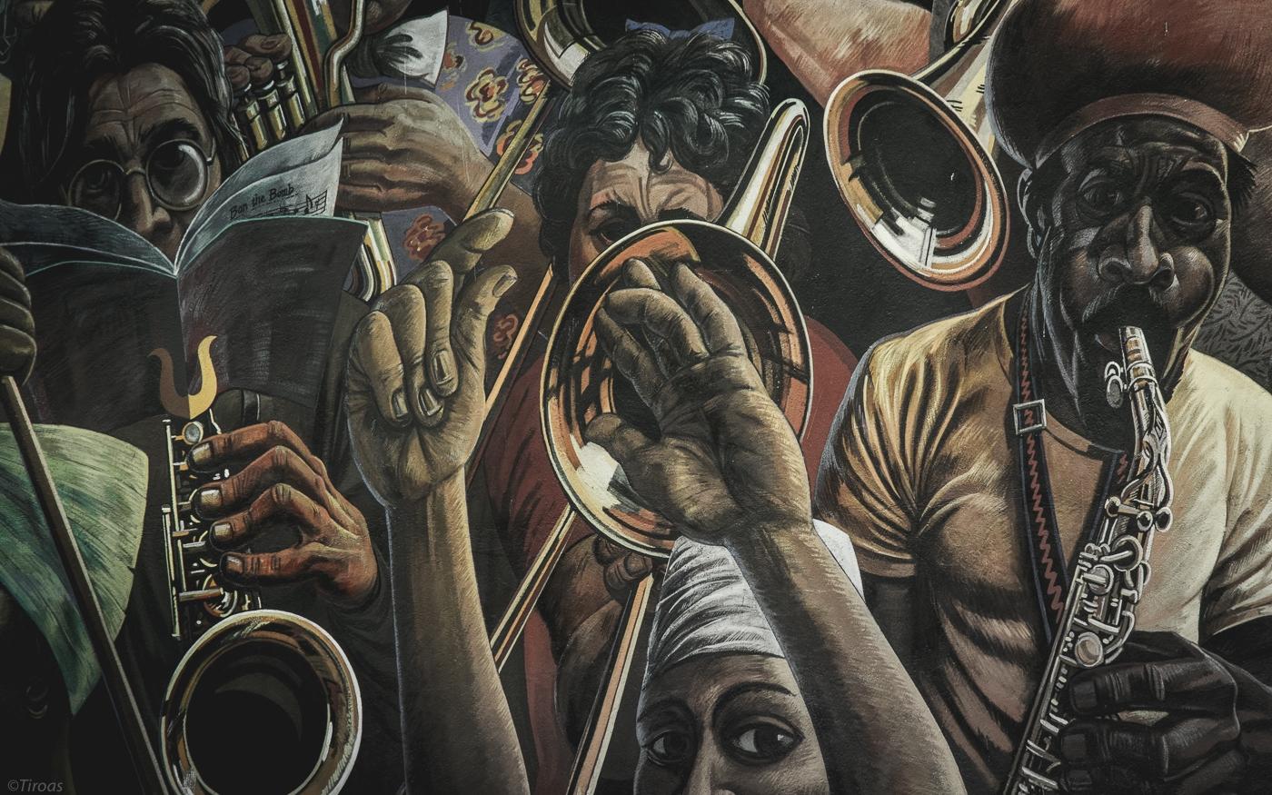 Dalston Lane Mural, painted 198 - tiroas | ello