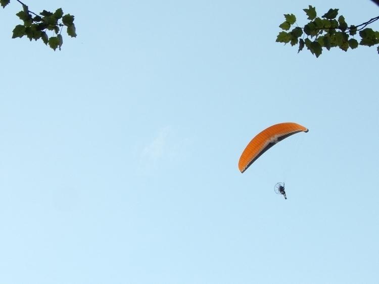 sé quién serás - flying, airborne - mirtanruiz | ello