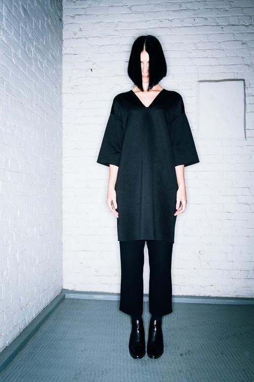 fashion, minimal, filmgrain, aline - sandypoirier   ello