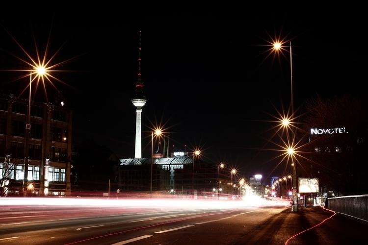 Fernsehe Turm Night, Berlin - metal1 | ello