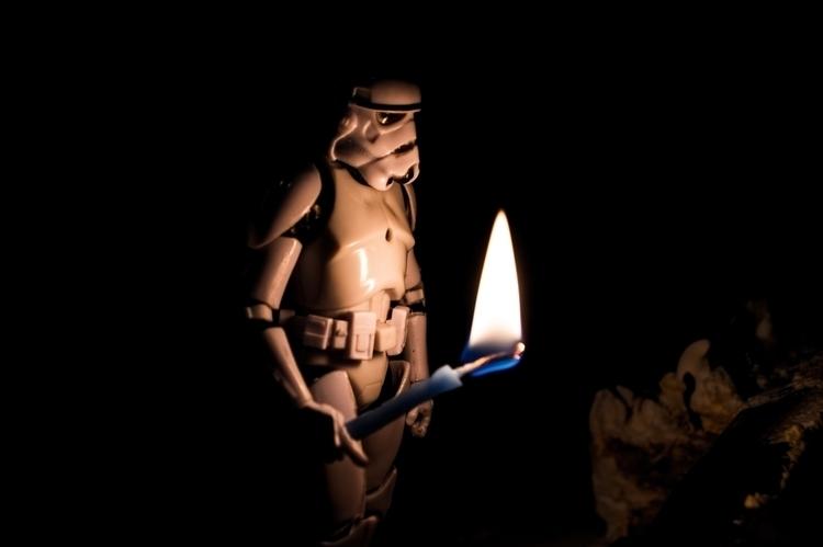 Stormtrooper Ligthing birthday  - leotheone   ello