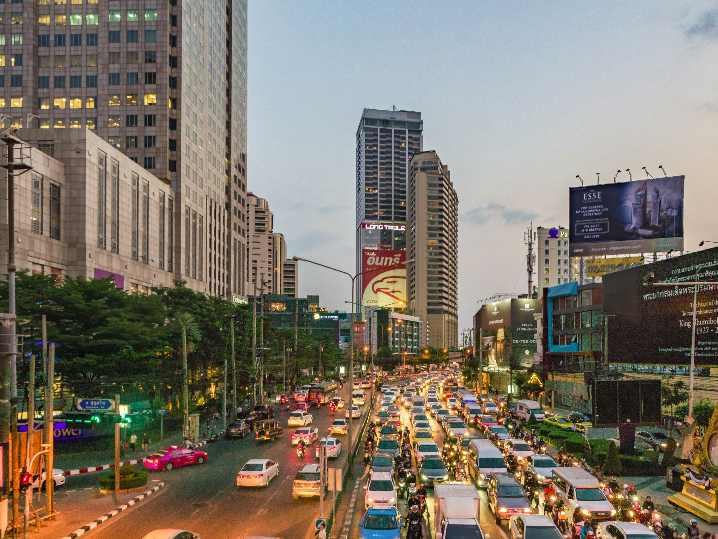 Bangkok Peak Hour, Thailand 201 - travischau   ello