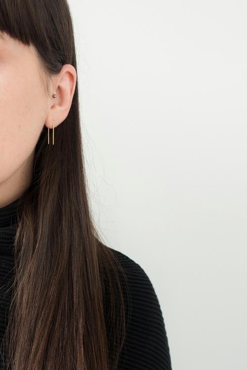 Key Rules Minimalist Wardrobe R - theprivategirl | ello