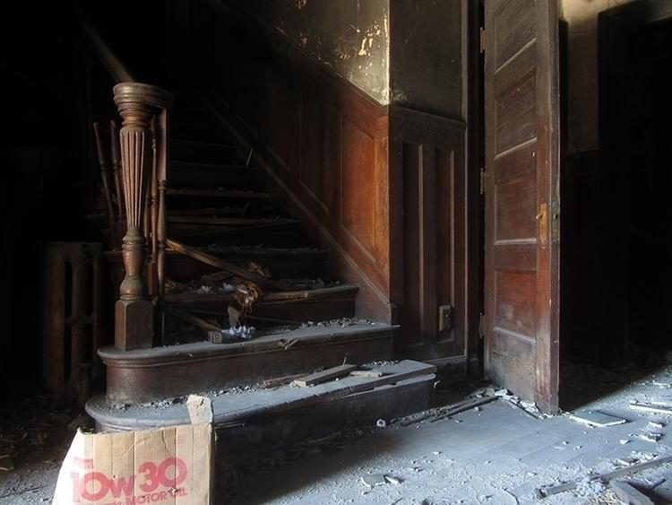 story proves walk door building - nailhed | ello