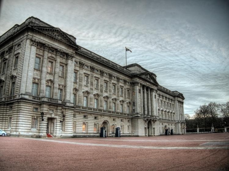 Buckingham Palace - London,. pe - neilhoward | ello