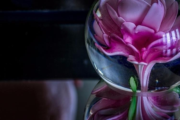 La Fleur Sous Verre - marbles, flowers - doc | ello