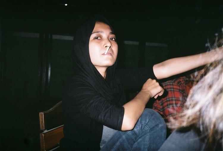 35mm, girl - asruldwi | ello