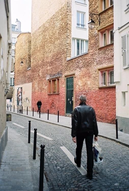 35mm, shootfilm, paris, streetphotography - bencap   ello