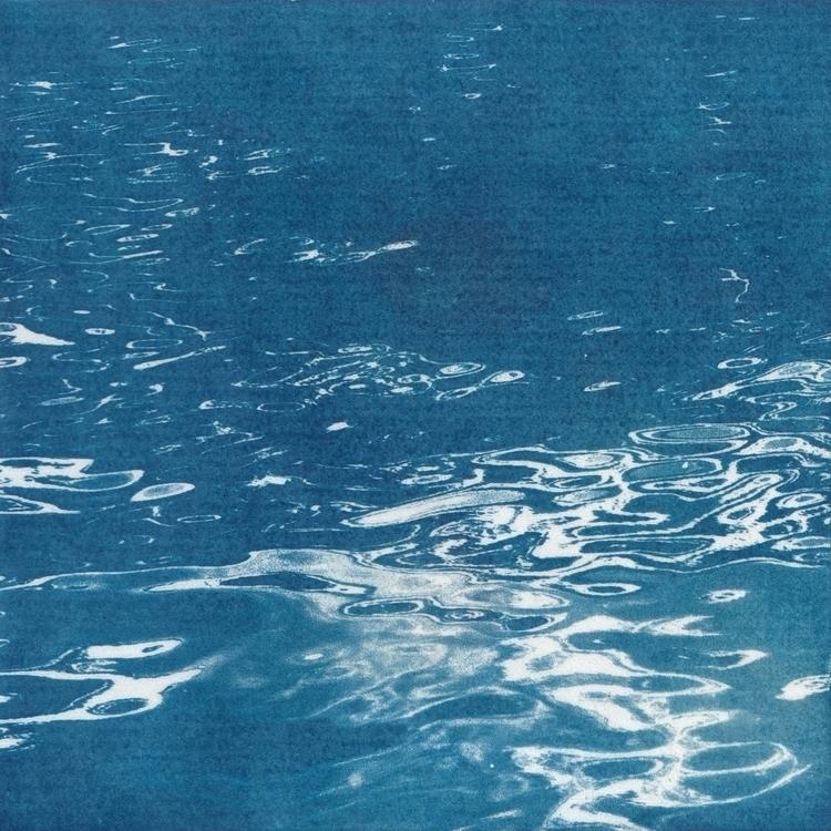 Cyanotype - Water - 1, cyanotype - acidecabine | ello