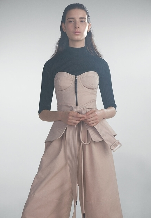 Sustainable Fashion Label Oskle - thecoolhour   ello