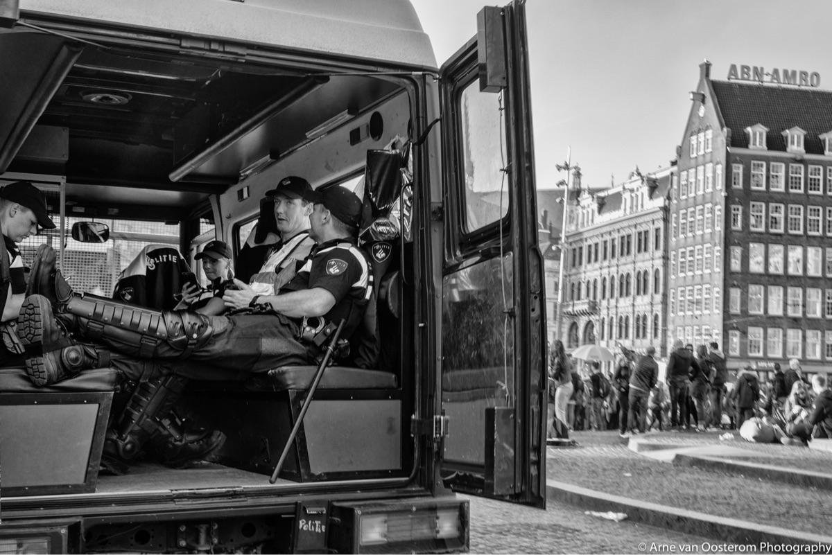 People Amsterdam - documentaryphotography - arnevanoosterom   ello