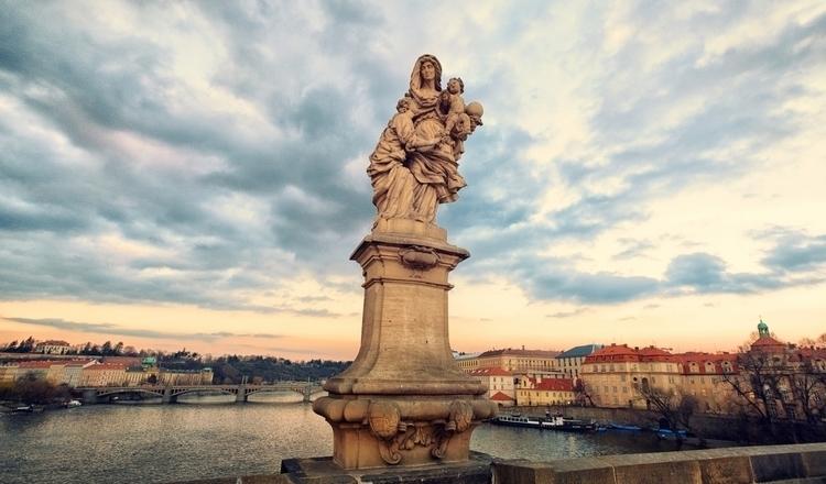 Divine - Prague, Czech Republic - juangonzalez | ello