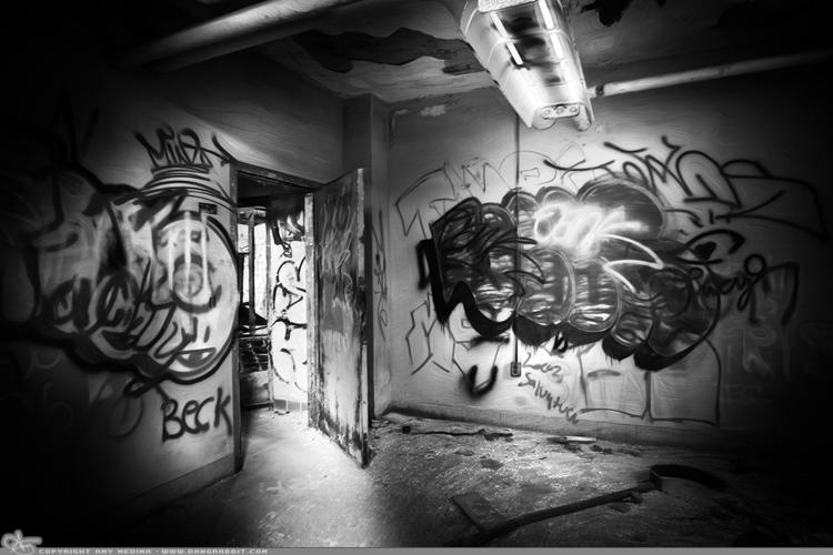 Beck (PAD Graffiti. begins gr g - dangrabbit-photography   ello