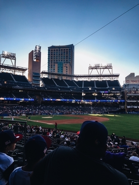 day, dollar - baseball, stadium - alexcastruita | ello