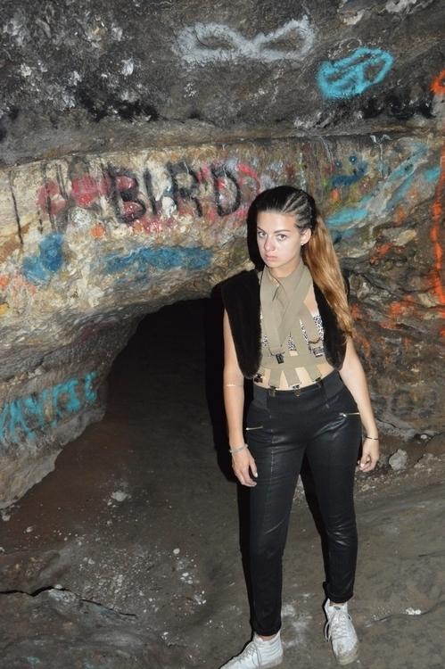 BIRD - johnfeeshy | ello