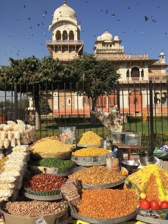 Delhi,India Street Vendor front - exinerartstudio | ello