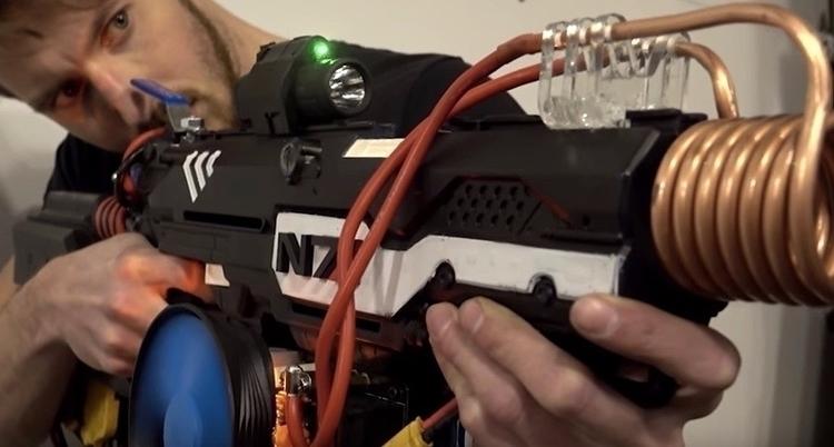 Mass Effect plasma rifle Nerf g - bonniegrrl   ello