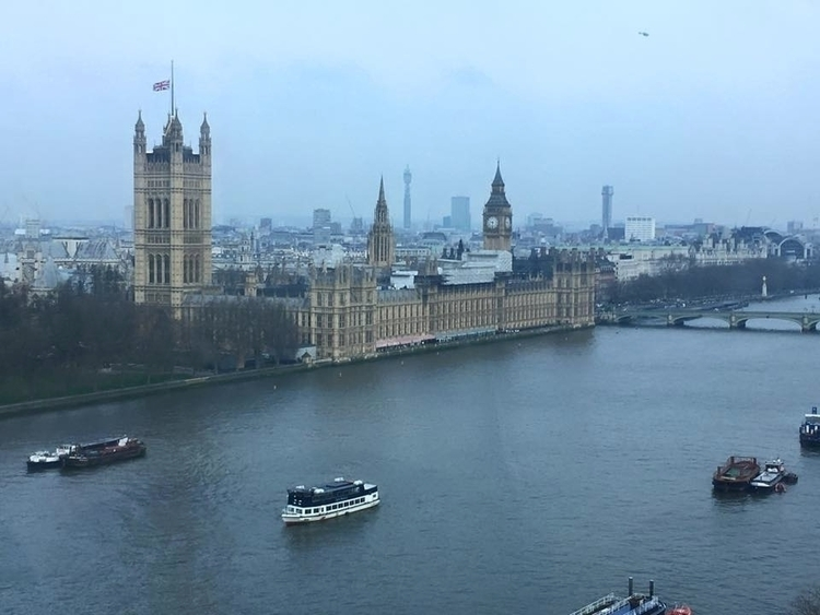 Union Jack mast Houses Parliame - youthjournalism | ello