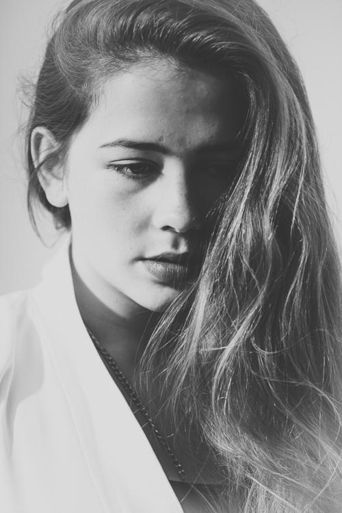 Nina Louiza, 2014 - chriswbraunschweiger | ello