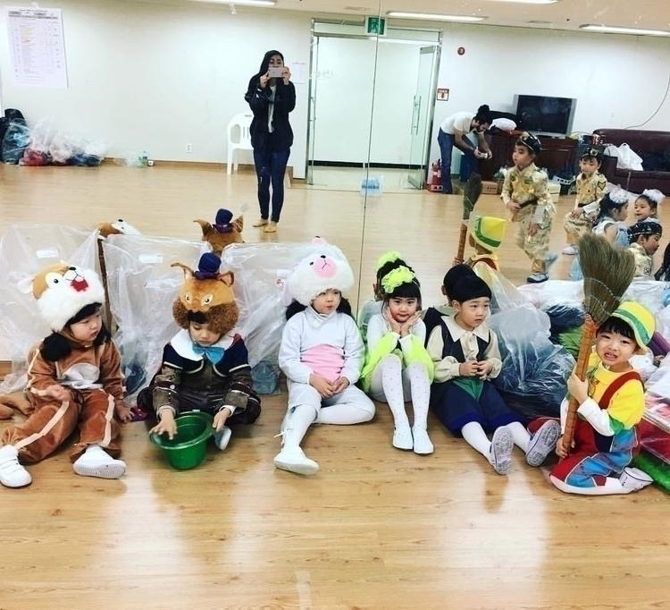teaching South Korea 7 months e - trulyjane | ello