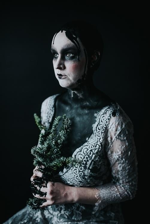 Photographer:Sarah Hester Hair - darkbeautymag | ello