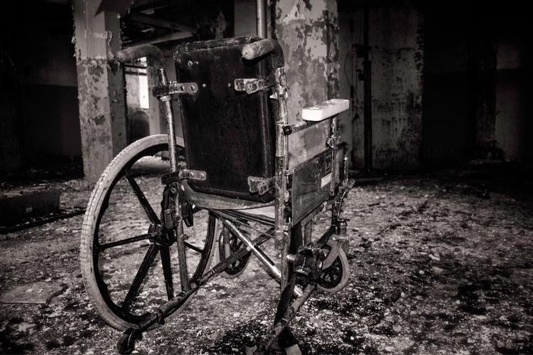 Solitude. JN Adams Memorial Hos - hopelesswanderer | ello