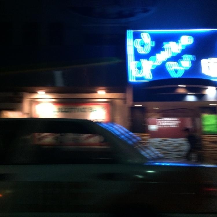 El Ejecutivo Bar, La Mesa, Tiju - aleecheveste | ello