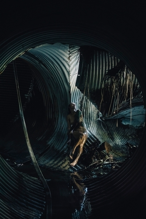 Photographer:Mike Soto Model: - darkbeautymag | ello