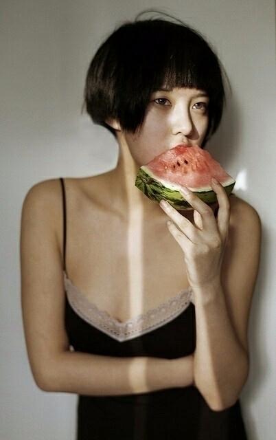 shorthaired, brunette, asian - xxm | ello