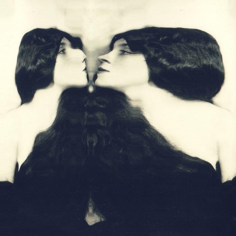 Kiss / Scanography 2017 - scanography - parkerandloulou | ello