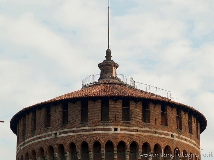 ( ): Upper part towers Sforza C - milanofotografo | ello