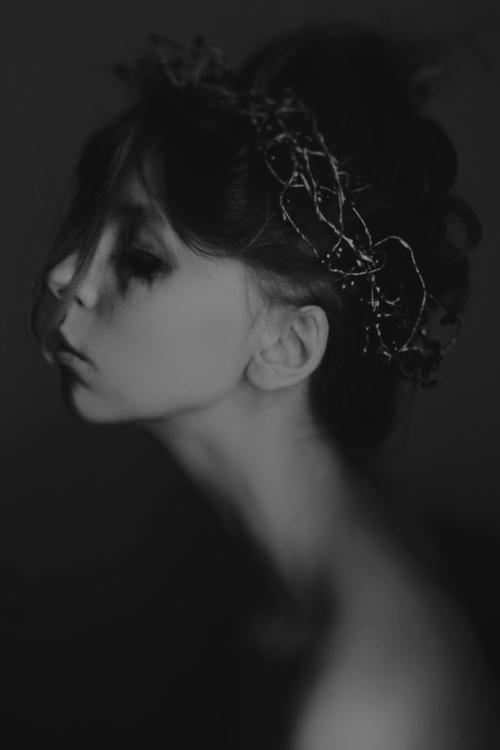 Photographer/Model:Corpus Vert - darkbeautymag | ello