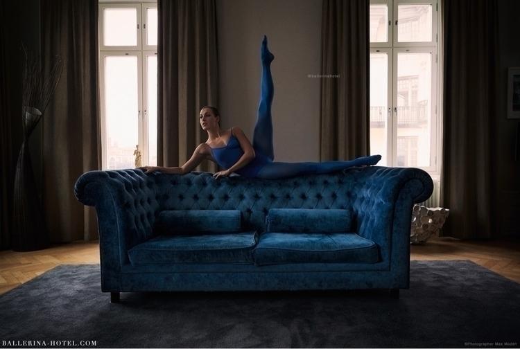 Blue ballerina blue sofa Lydmar - maxmoden | ello