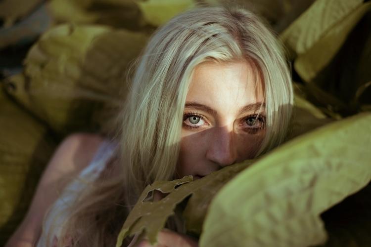 Hannah / 50mm - marissalindley | ello