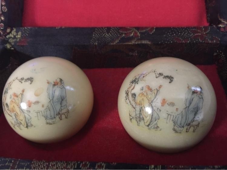 Baoding exercise balls...schola - kung_fu_connections | ello