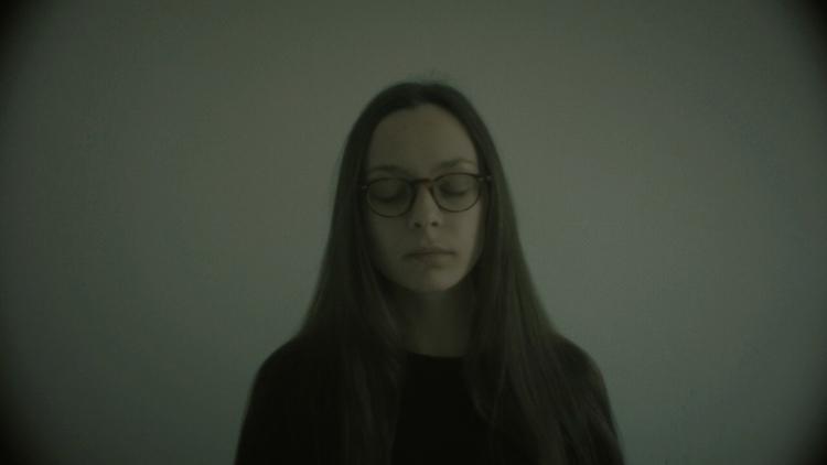Music video premiere: Ich bin H - pianoandcoffee | ello