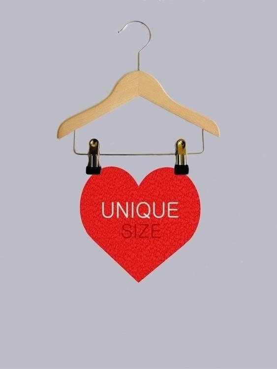 Unique size, free size - poster - ciodesign | ello