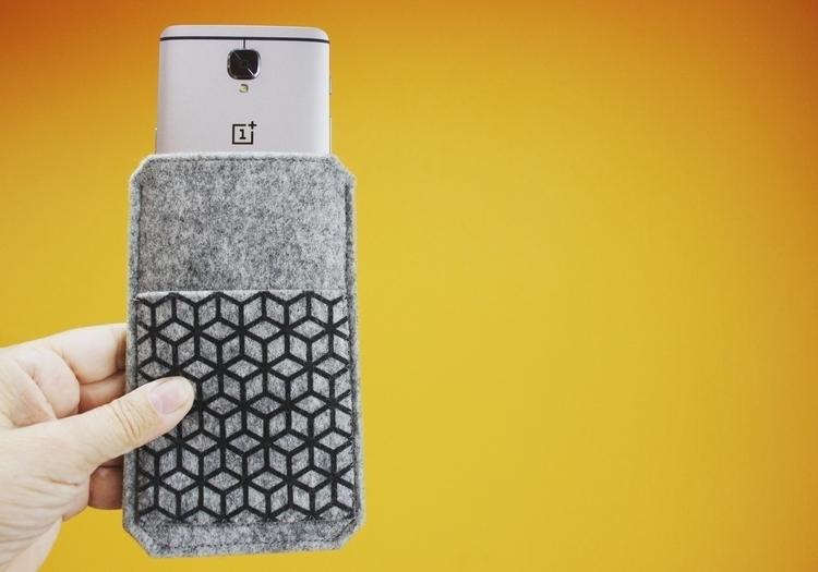 OnePlus 3T felt sleeve Cool coo - begoos | ello
