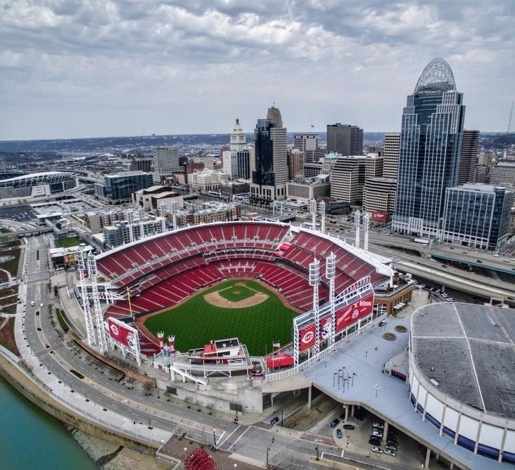 Cincinnati... Great American Ba - jaimanny   ello