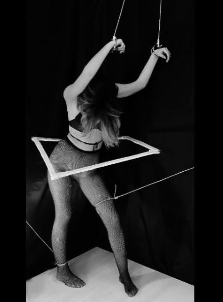 Ironica Contemporaneidad - art, artedeaccion - valentineconacento | ello
