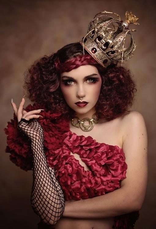 """Queen Hearts"" — Photographer/M - darkbeautymag | ello"