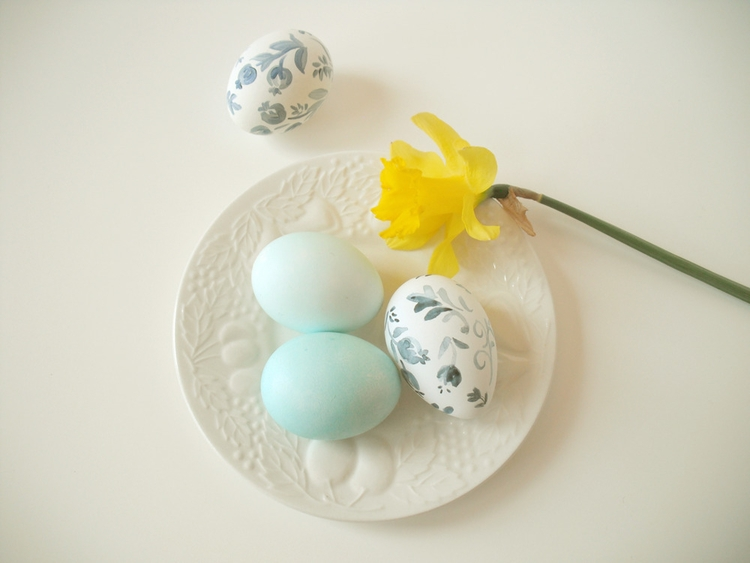 HARD-BOILED EGGS SOFT BLOOMS Bo - gretchenellenpowers | ello