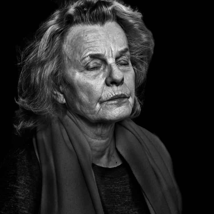 shot Marie Göranzon. Actress - blackandwhite - niklaspalmklint | ello